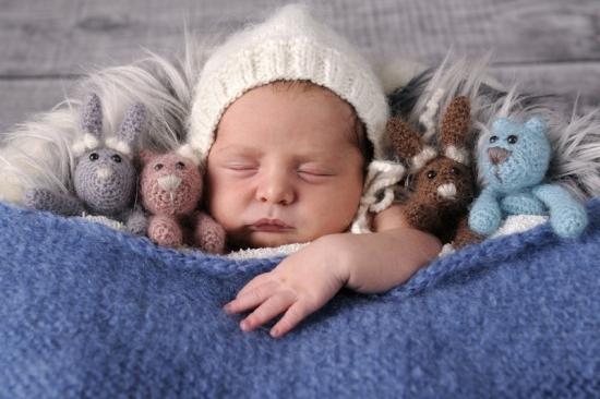 11__Fotografie-Karoart Babyfotografie Neugeborenenfotografie Zürich Wetzikon Winterthur Zug Schwyz Pfäffikon Volketswil
