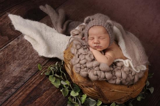 2_Fotografie-Karoart Babyfotografie Neugeborenenfotografie Zürich Wetzikon Winterthur Zug Schwyz Pfäffikon Volketswil