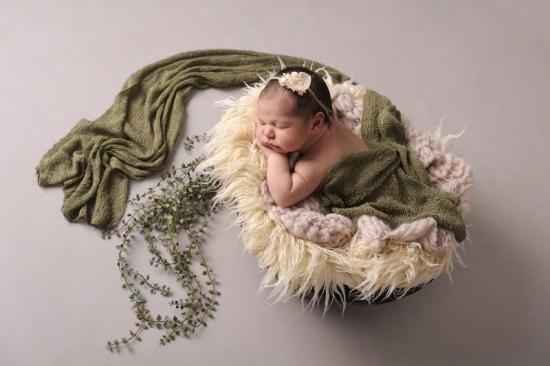 5 Neugeborenenfotografie Newborn Fotografie Karoart Volketswil Zürich Winterthur