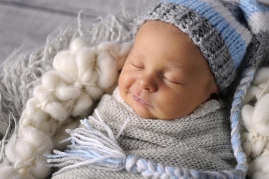 5__Fotografie-Karoart Babyfotografie Neugeborenenfotografie Zürich Wetzikon Winterthur Zug Schwyz Pfäffikon Volketswil
