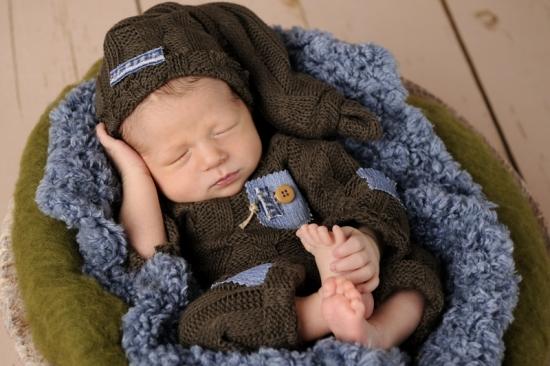 6 Neugeborenenfotografie Newborn Fotografie Karoart Volketswil Zürich Winterthur