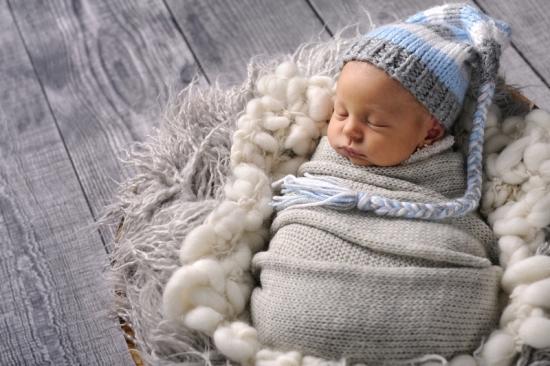 6_Fotografie-Karoart Babyfotografie Neugeborenenfotografie Zürich Winterthur Zug Schwyz Pfäffikon Volketswil