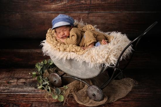 Fotografie Karoart Newbornfotografie Babyfotografie Uster Volketswil Zürich Winterthur 2